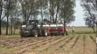 Valtra S293 In South Africa With Jumil No-till Planter 2014