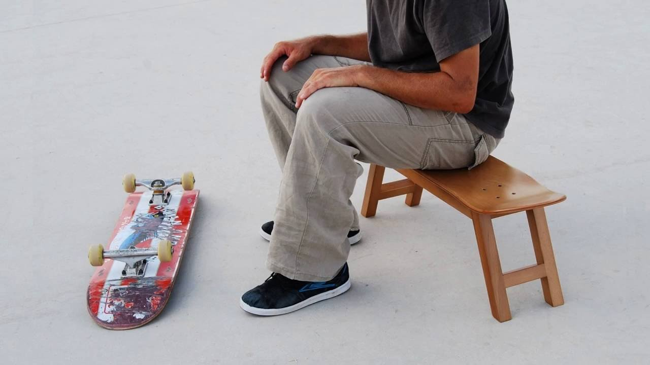 skateboard Gifts & Skate Decor for skateboarders - Stool chair for teen cave