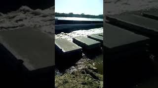 Пустую растрата финанси государство стройка дамби Белоомут разарвало 09 04 2018г(2)