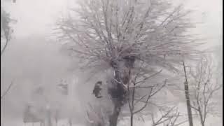 Snowfall in Pakistan and irfan junejo rocks