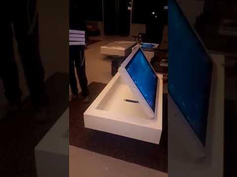 Video table basse tactile robotisée