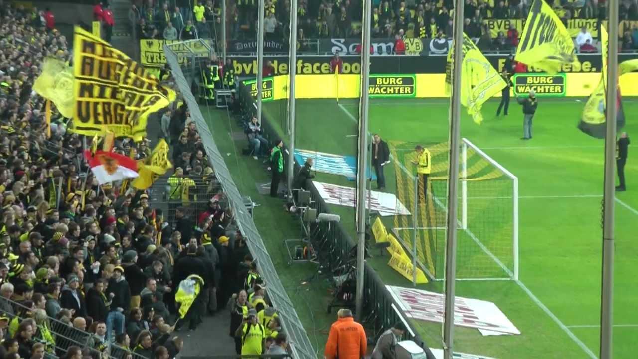 Borussia Dortmund vs Greuther Fürth 3-1 17.11.2012 BVB Stimmung vor dem Spiel Westfalenstadion