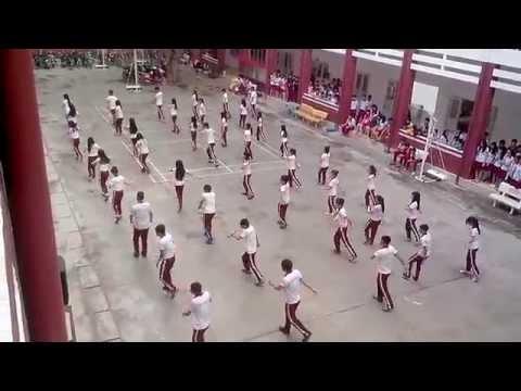 iSchool Nha Trang_Flash Mob Chao Mung 26.3