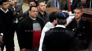 الصمت أو الاعتقال.. نجل مرسي يكشف عن تهديد الأمن الوطني له قبل عام.. شاهد كيف ظهر في قاعة المحكمة (صور)