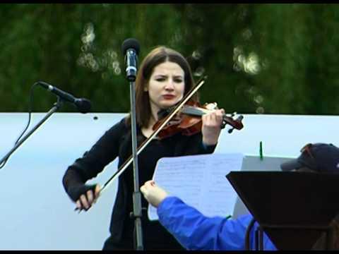 9 Schindler's List, Performed by Maria Slawek