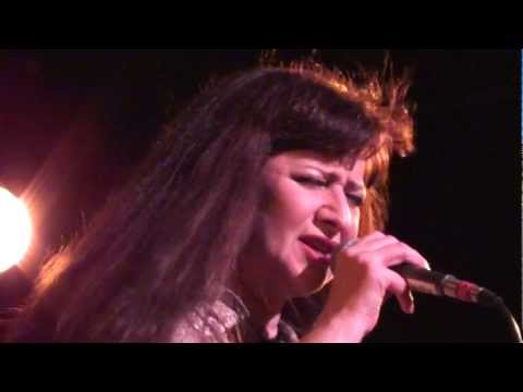Basia Trzetrzelewska CRUISING FOR A BRUISING 9/27/2011 live @ the Coach House SJC (front row)