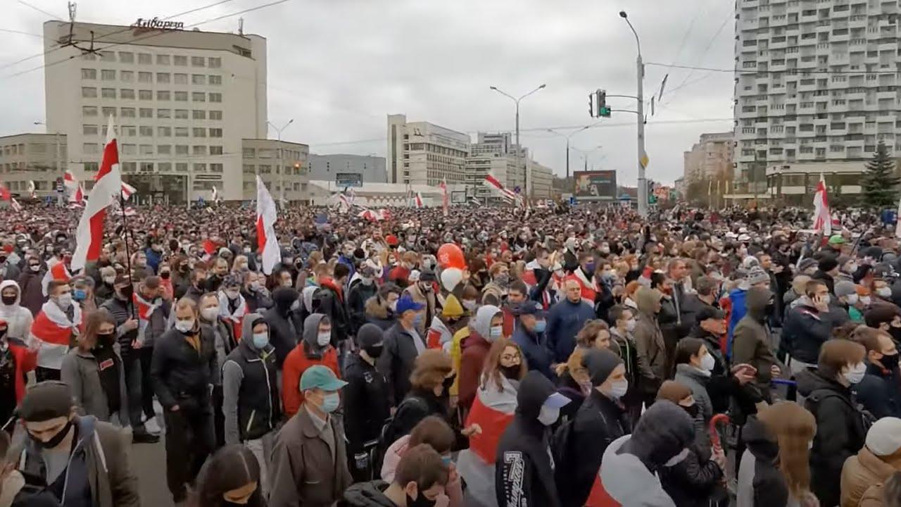 Марш в Минске и силовой разгон. Протесты в Беларуси
