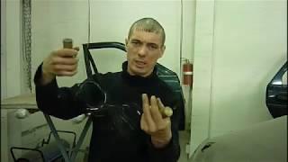 ваз2112 . Как вырезать вклеенное стекло на авто одному