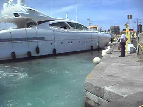 mangusta 130 rifornimento carburante portoferraio