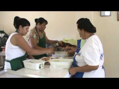 The volunteer cooks  of the comedor