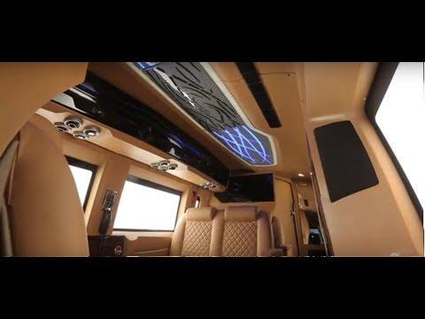 0 - Der Finetza von Pinnacle Speciality Vehicles ist ein luxuriöses Wohnmobil