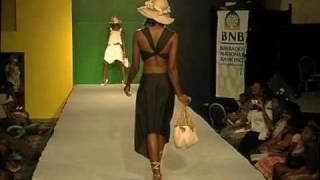 Navazoe Fashion show