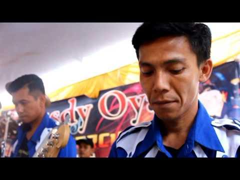 Rusdy oyag percussion kloas
