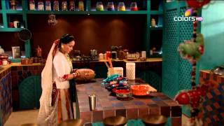 Video Rangrasiya - रंगरसिया - 17th April 2014 - Full Episode(HD) download MP3, 3GP, MP4, WEBM, AVI, FLV September 2018