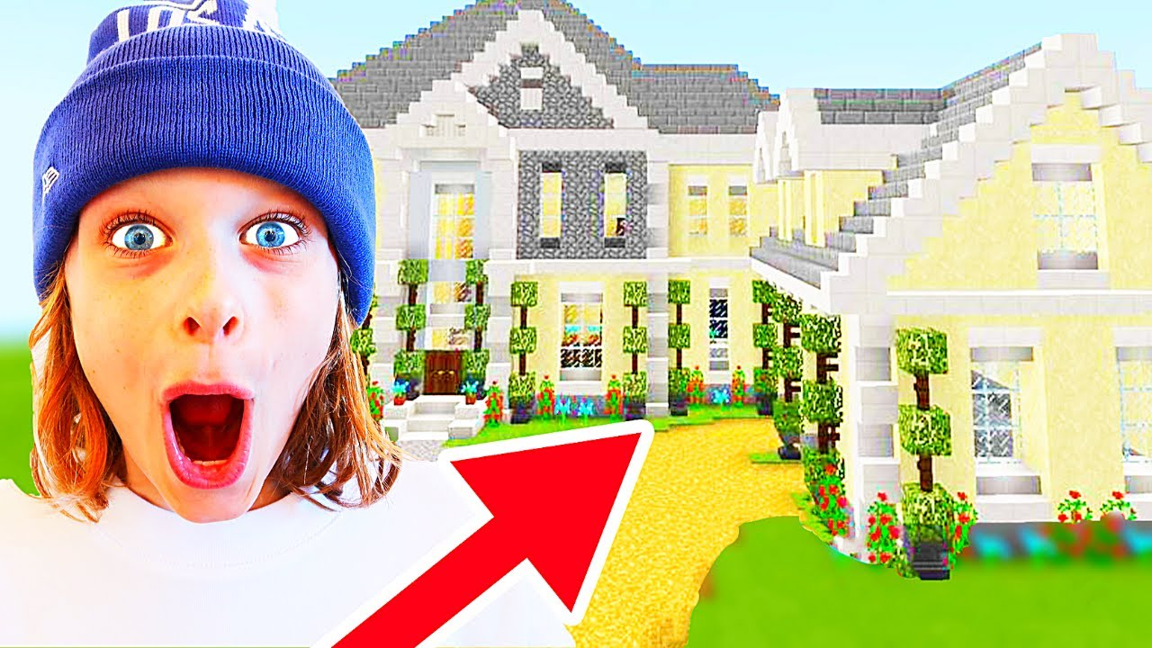 WHICH NORRIS NUT BUILDS BEST MANSION in Minecraft Gaming w/ The Norris Nuts