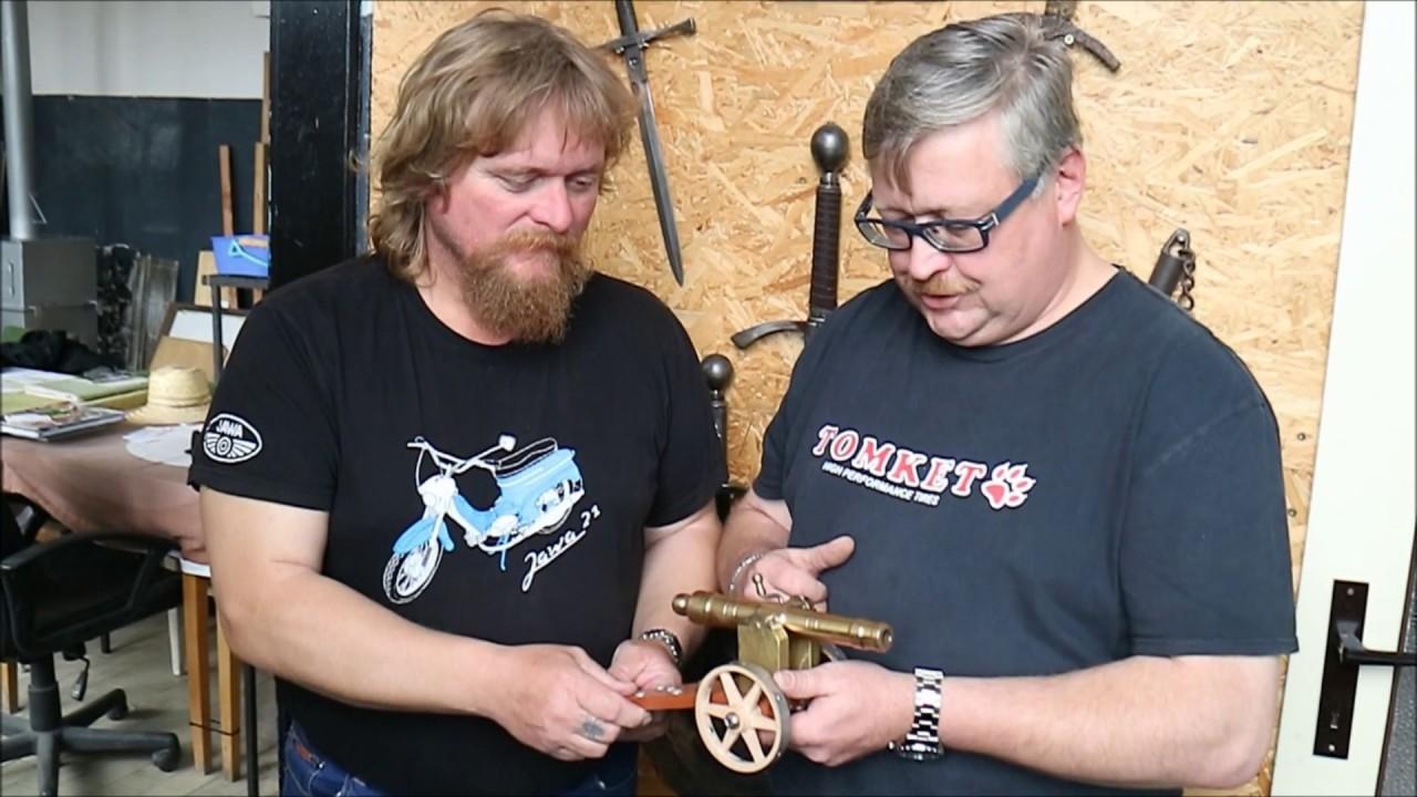 Video Vystřelili jsme z nejmenšího funkčního děla!