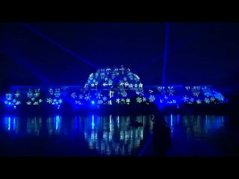 London's Kew Gardens sparkles for festive season