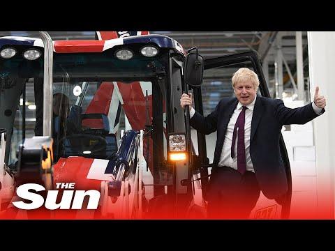 Boris Johnson smashes through wall in Brexit JCB and asks voters to get to  'rid of the roadblock' ragadÓs lehet a brit pÉlda: boris johnson buldózert vezetett, és elgázolta az ellenzéket RAGADÓS LEHET A BRIT PÉLDA: Boris Johnson buldózert vezetett, és elgázolta az ellenzéket hqdefault