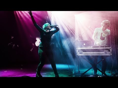 """SYLVAN ESSO """"PLAY IT RIGHT"""" Live In Leipzig"""
