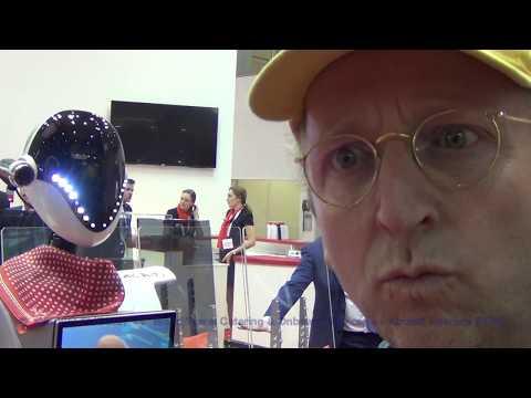 DIE NEUEN ROBOTER FLUGBEGLEITER AB 2022 | THK at WTCE | Aircraft Interiors EXPO