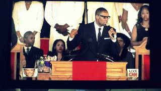 R. Kelly Whitney Houston Funeral - I Look To you (HD)