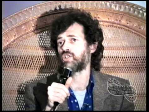 TERENCE McKENNA - Ethnobotany and Shamanism:  Psychedelics Before and After History
