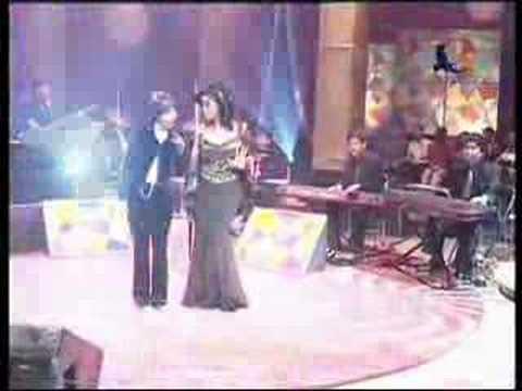 Trie Utami & Vina Panduwinata - Sungguh