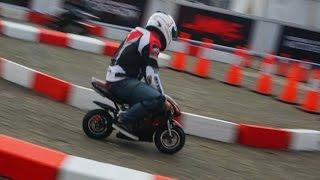 "Adu Nyali Balap ala ""MotoGP"" di Trek Sempit"