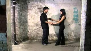 Taniec klubowy - taniec z partnerką, owinięcie