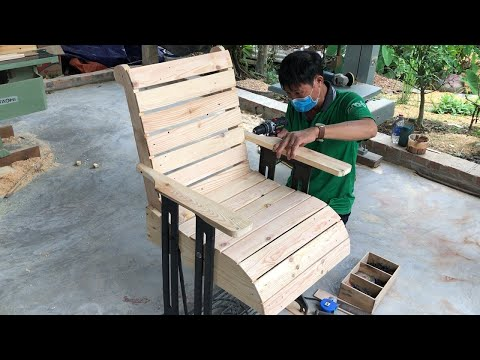 Amazing Creation Woodworking Ideas From Pallet // Build Outdoor Chairs From Old Sewing Machine Legs