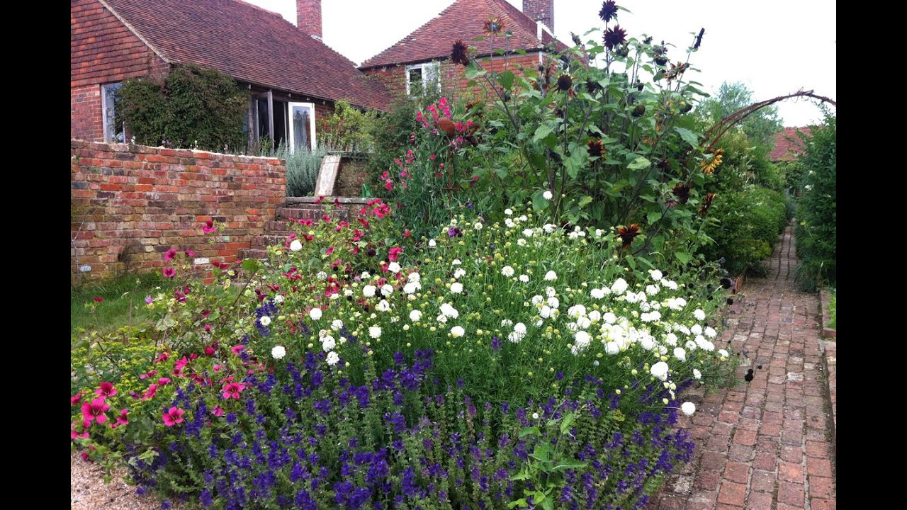 Growing a hardy annual cutting patch youtube growing a hardy annual cutting patch izmirmasajfo
