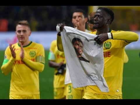 Emotional ninth-minute tribute to Emiliano Sala at Nantes Mp3