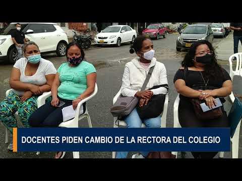 En asamblea permanente se declararon docentes y padres de familia del Leonidas Rubio