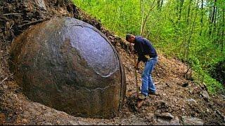 ESFERA GIGANTE DE METAL HALLADA EN UN BOSQUE DE BOSNIA - 60 ton Giant stone sphere found in Bosnia