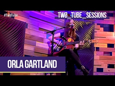 Orla Gartland Performs 'Lonely People' (live) | Two Tube