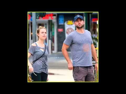 Chace Crawford Gets In Quality Time with Rebecca Rittenhouse