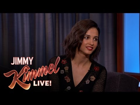 Naomi Scott on Being in The Martian with Matt Damon