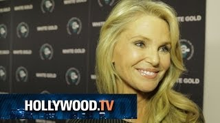 Christie Brinkley and Sigourney Weaver at the White Gold Premiere - Hollywood.TV