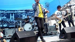 Bailando Solo - Los Bunkers (Tianguis Cultural del Chopo, 15/06/2013)