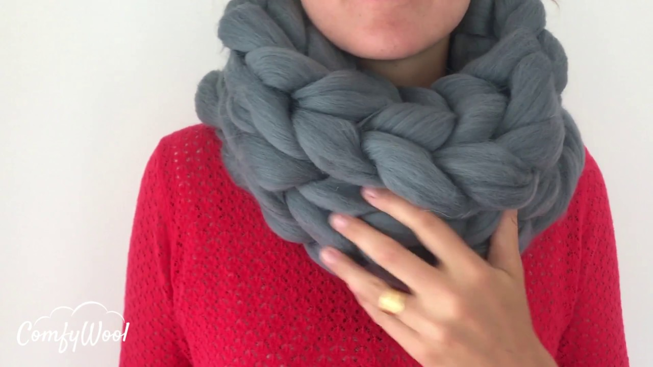 802310c51fa7 DIY Tutorial  How to knit a super chunky infinity scarf ComfyWool
