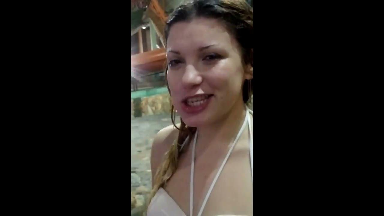 Сиськи в аквапарке видео фото 426-399