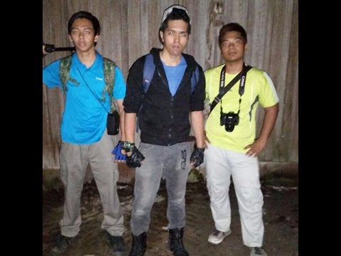 OneTwo Ghost Hunting Ep 1 - Istana Woodnuek