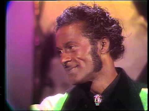 Dick Clark interviews Chuck Berry - Rock N Roll 1974 Part 3