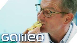Pizza mit Chips - schmeckt das?   Galileo   ProSieben