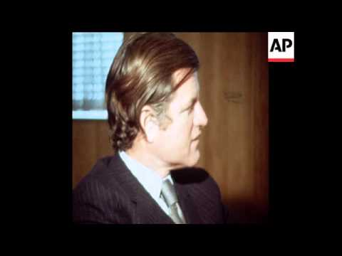 SYND 18-2-72 SENATOR KENNEDY MEETS WITH JAPANESE MINISTERS