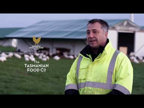 Why is Tasmania an ideal location for farming free range chicken?