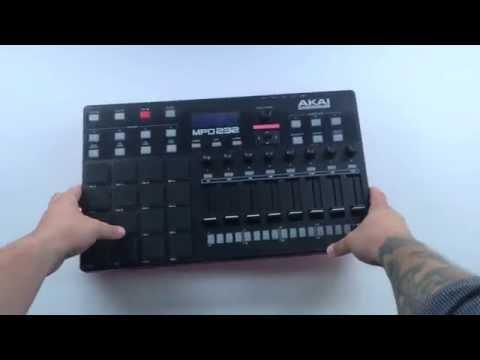 Akai Pro MPD232 - Unboxing