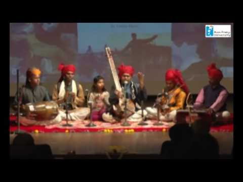Songs of Kabir by Kaluram Bamaniya and Mandali (Bodies of Song Book launch by Linda Hess)