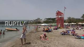 Greece: Athens residents flock to beach as COVID-19 lockdown eased