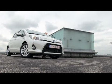 Toyota Yaris Full Hybrid Autotest Anwb Auto Youtube